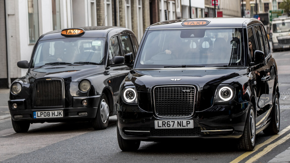 Make Your Taxi Airport Booking With The Official Black Cab Company