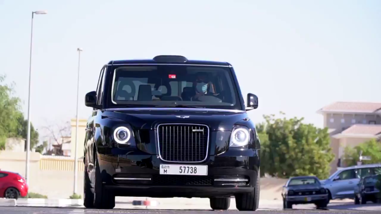 Meet an expert team and professional drivers to get Taxis for Airport
